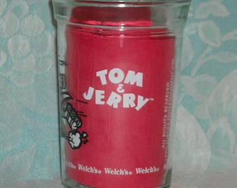 Vintage Welchs Jelly Jar Tumbler. 1990  Tom & Jerry Series Drinking Glass. Tom on Roller Skates. Hanna Barbera of Turner Entertainment. Pkcb