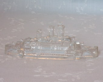 1940s Vintage Figural Pressed Clear Glass Candy Container. Victory Miniature Toy Battleship w Stern Divider Slightly Rounded. Ucfc ea97