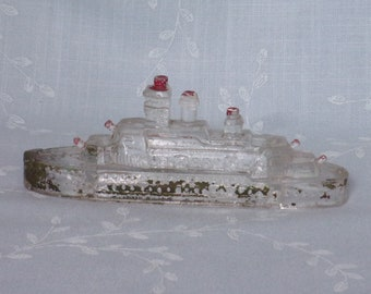 1940s Figural Glass Candy Container. Vintage Victory Miniature Toy Battleship w Stern Divider Slightly Rounded & Closure Ledge. Ucra ea97