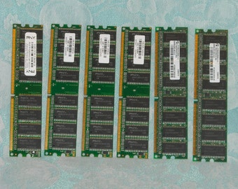 6 Sticks of Working Vintage DDR RAM. 4 of 1 Gb & 2 of 256 Mb. Random Access Memory Modules from USA, Italy, and Taiwan. npeju