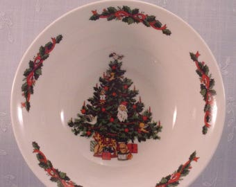 Tabletops Unlimited Vintage Christmas Time Collection Smooth Cereal, Soup, or Salad Bowl. Tree w Dove. Discontinued Dinnerware Pattern. qiyd