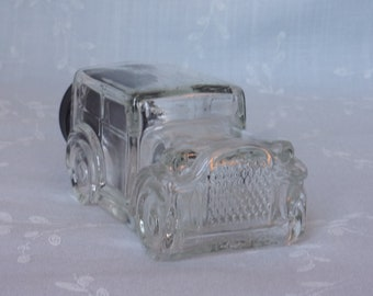 1970s Vintage Figural Clear Glass Candy Container or Collectible Bottle. 1929 Ford Model Automobile w Original Black Plastic Cap. uiqc ea65
