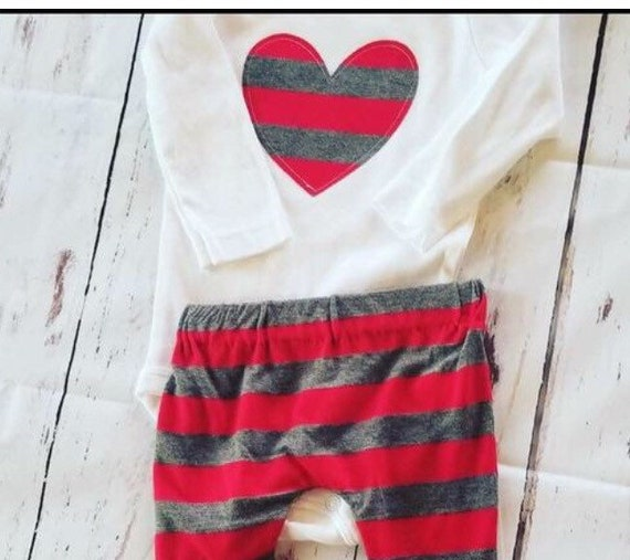 Heart baby pants and bodysuit Valentine's Day 2 piece set, red charcoal gray stripe heart girls boys Valentine's Day outfit heart breaker