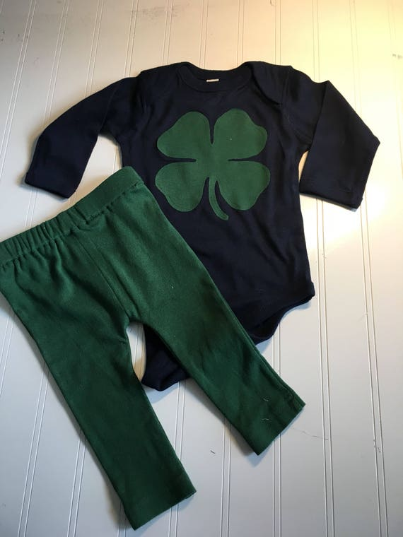 shamrock navy green onesie and pants, St Patrick's Day girls boys onesie, green knit pants for baby, shamrock baby set, baby clothes