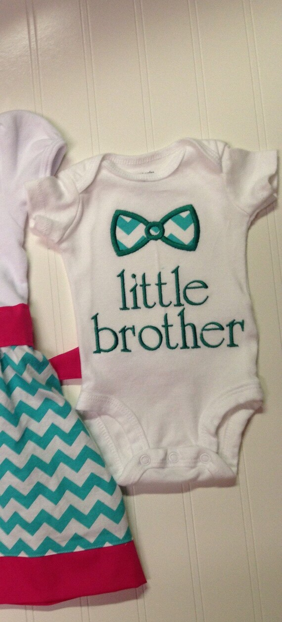 Little brother onesie, new baby sibling shirt, im a little brother sister, embroidered, custom shirt, coordinating sibling outfits