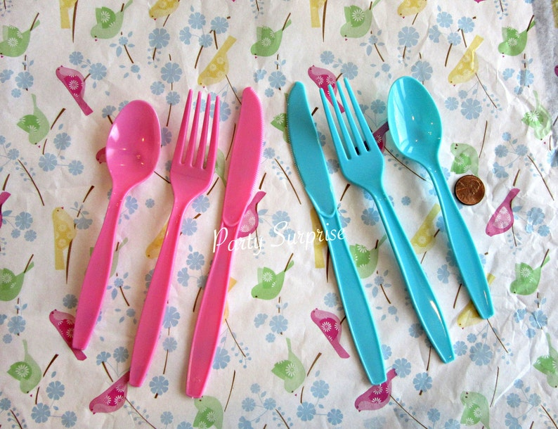 Pink Cutlery Knives Spoons Forks Set Heavy Weight Plastic Disposable Girl Party Bridal Shower Gender Reveal Birthday Party Tableware