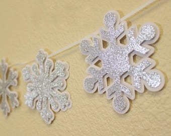 Snowflakes Garland, 1set, Winter Theme, Winter Wonderland, Handcrafted Party Decor, Party Supplies