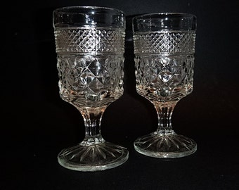 """ANCHOR HOCKING Wexford Pair of 5 1/2"""" goblet or juice glass pressed glass pattern"""