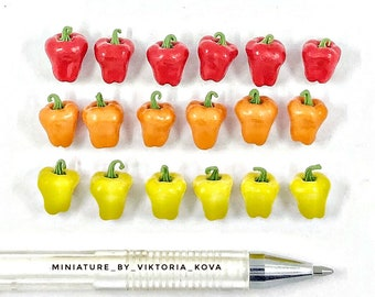 Dollhouse miniature 1:12 Bulgarian pepper sweet pepper 7 pieces.