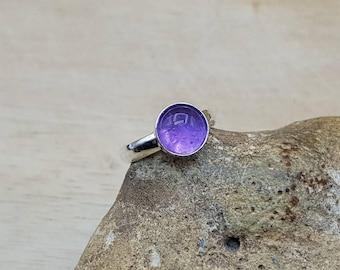 Minimalist Purple Amethyst adjustable ring. 925 sterling silver. Crystal Reiki jewelry. February birthstone ring. 8mm stone