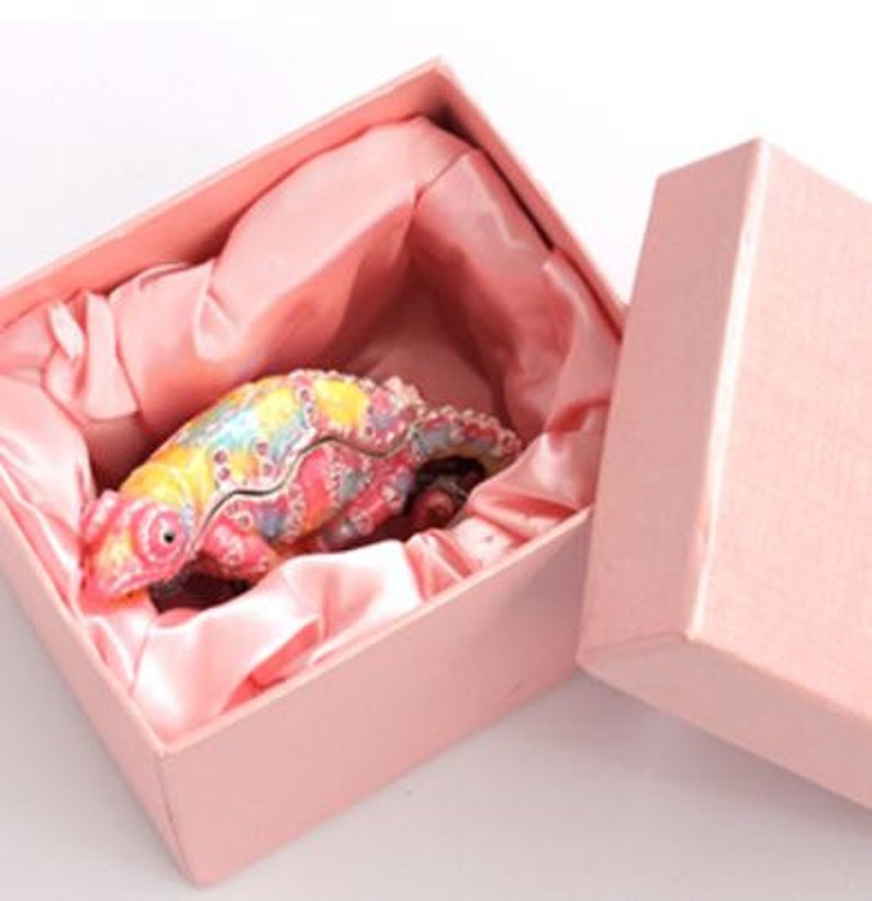 Unique Dream chameleon Jewelry Box,jewelry case,ring case,With a beautiful gift box