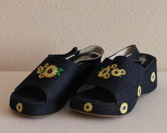 Vintage Girls Sandals  Platform Shoes Blue Denim Jeans Boho  Festival Wedge Hippie  Hipster open Peep Toe Sunflower Size 33