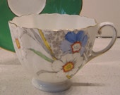 Antique Paragon Double Warrant Teacup - Retro botanicals - Handpainted - Very fine - England - Orphan cup (no saucer)