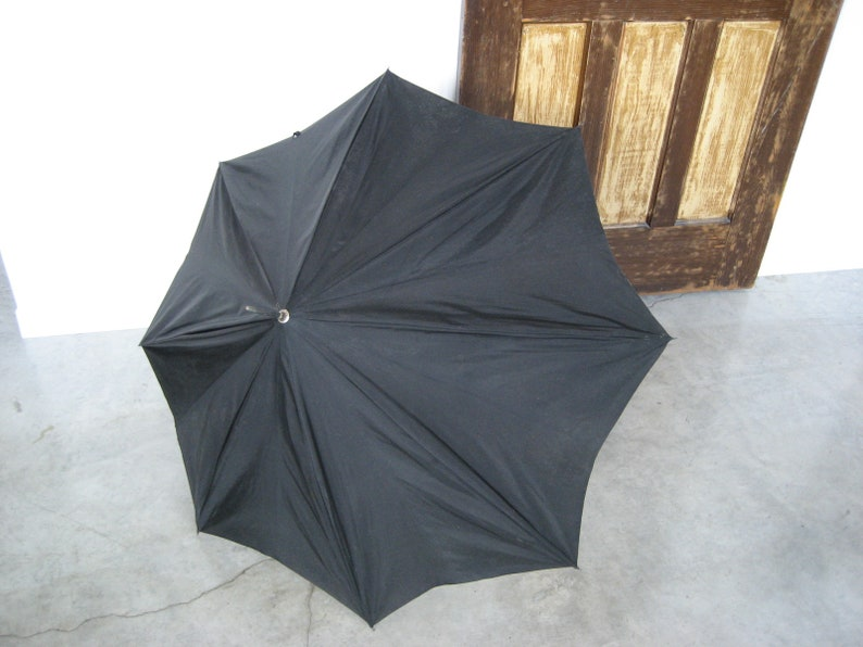 Vintage Carved Bamboo Root Handle Umbrella Parasol classic rainy day movie prop photo shoot gentleman gift commute in style walking stick