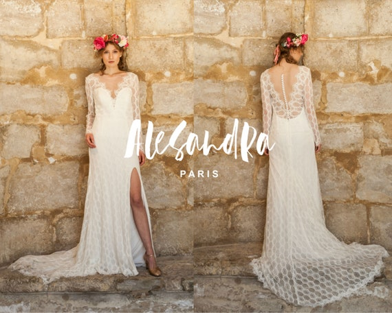 SAMPLE SALE Bohemian lace wedding dress with long sleeves with train and slit v neck backless open back Robe de mariée