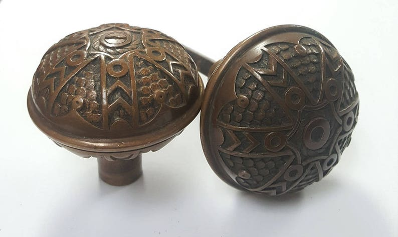 Solid /& Heavy Circle Antique Decorative Doorknobs 530881