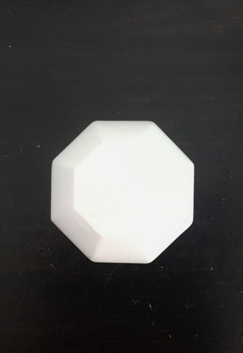 Antique White Undersized Doorknob 530774