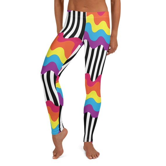 The Oh So Wavy Collection: Leggings