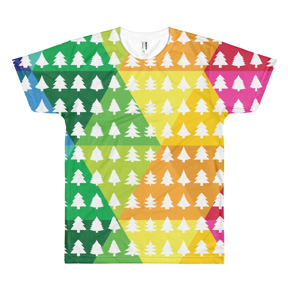 Christmas Tree Tshirt Short sleeve T-shirt Merry Christmas Tee Xmas Fun Gift Happy Holidays Shirt Rainbow Christmas Colorful Background Draf
