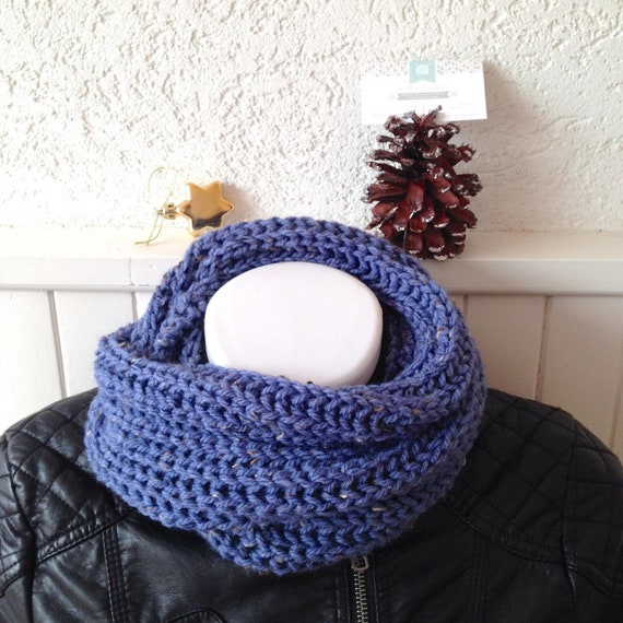 Snood tricot grosses mailles XL femme, laine et acrylique bleu lavande 7168319e508