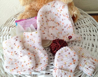 All baby bonnet, booties and mittens, hand made baby birth gift