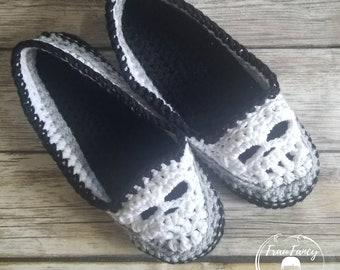 CUSTOM Crochet skull slippers - house shoes for men, women, kids. - FREE SHIPPING!