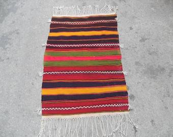 free shipping VINTAGE TURKİSH dursunbey kilim Anatolian handwoven kilim rug decorative kilim - SİZE : 28'' X 44'' (70 cm X 110 cm)