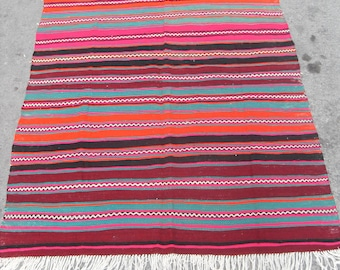 free shipping VINTAGE TURKİSH bigadiç kilim Anatolian handwoven kilim rug decorative kilim - SİZE : 56'' X 78'' ( 140 cm X 195 cm)