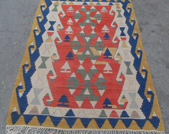 "kilim rug free shipping VINTAGE TURKİSH antalya kilim Anatolian handwoven kilim rug decorative kilim - SİZE : 43"" X 66"" (108 cm X 165 cm )"