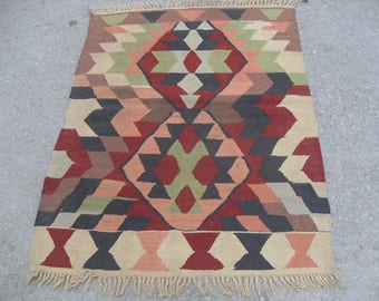 Small kilim rug, Entrance rug, Vintage Turkish rug, pastel kilim rug, kelim, vintage rug, bohemian rug, bedroom rug, small rug, kids room