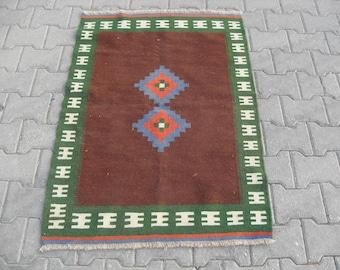 free shipping VINTAGE TURKİSH balıkesir kilim Anatolian handwoven kilim rug decorative kilim - SİZE : 34'' X 48'' ( 85 cm X 120 cm)