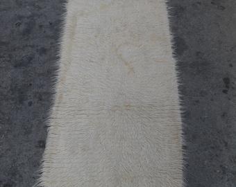 free shipping VINTAGE TURKİSH shaggy Anatolian handwoven kilim rug decorative kilim - SİZE : 30'' X 88'' (75 cm X 220 cm)