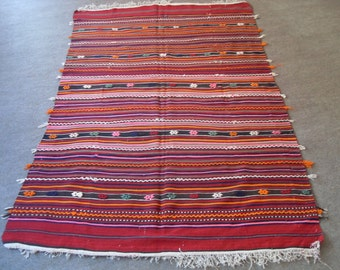 free shipping VINTAGE TURKİSH balıkesir kilim Anatolian handwoven kilim rug decorative kilim - SİZE : 60'' X 98'' ( 150 cm X 245 cm)