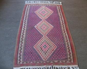kilim rug free shipping VINTAGE TURKİSH  kilim Anatolian handwoven kilim rug decorative kilim - SİZE : 44'' X 78'' ( 110 cm X 195 cm)