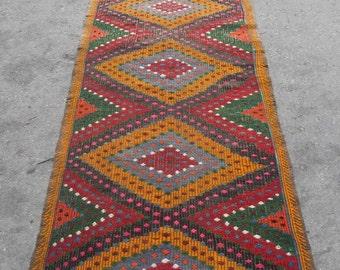 kilim runner rug free shipping VINTAGE TURKİSH denizli runner kilim Anatolian  kilim decorative kilim  SİZE : 32'' X 120'' ( 80 cm X 300 cm)