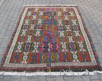 free shipping VINTAGE TURKİSH bergama kilim Anatolian handwoven kilim rug decorative kilim - SİZE : 72'' X 102'' ( 180 cm X 255 cm)