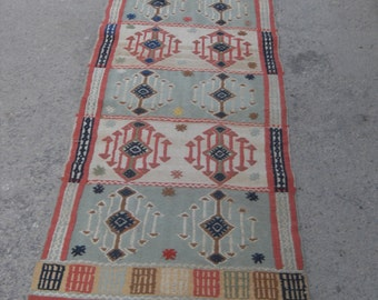 "Diamond design Arrow Kilim rug, Vintage Turkish rug, rugs, vintage rug, bohemian rug, eccentric rug, 32"" X 110 "" ( 80 cm X 275 cm )"