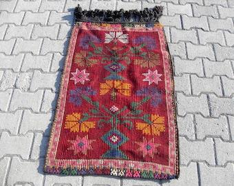 kilim rug carpet free shipping VINTAGE TURKİSH mut kilim Anatolian handwoven kilim decorative kilim - SİZE : 28'' X 44'' (70 cm X 110 cm)