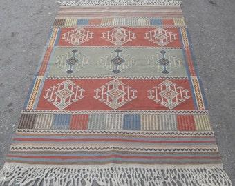 kilim rug arrow kilim free shipping VINTAGE TURKİSH blackgoats kilim Anatolian rug decorative kilim - SİZE : 46'' X 70'' ( 115 cm X 175 cm)