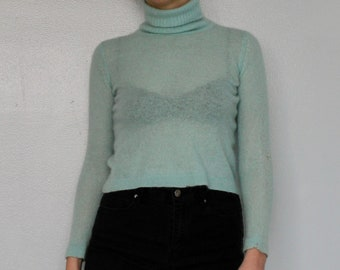 Blue cashmere cropped knit turtleneck
