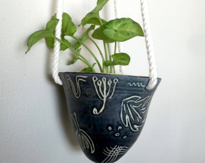 Black Floral Ceramic Hanging Planter