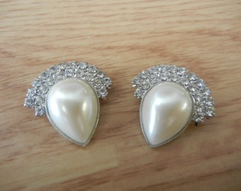 Vintage Clip On Rhinestone Faux Pearl Earrings