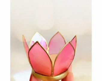 Lotus waxinelichthouder