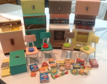 1960 Barbie doll kitchen deluxe reading Corp