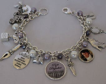 Jane Austen Lavender and White Beaded Jewerly, Jane Austen Pride and Prejudice Book Theme Bracelet, Jane Austen Jewelry, Jane Austen Charms