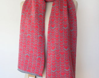 Chevron pattern Knitted Scarf