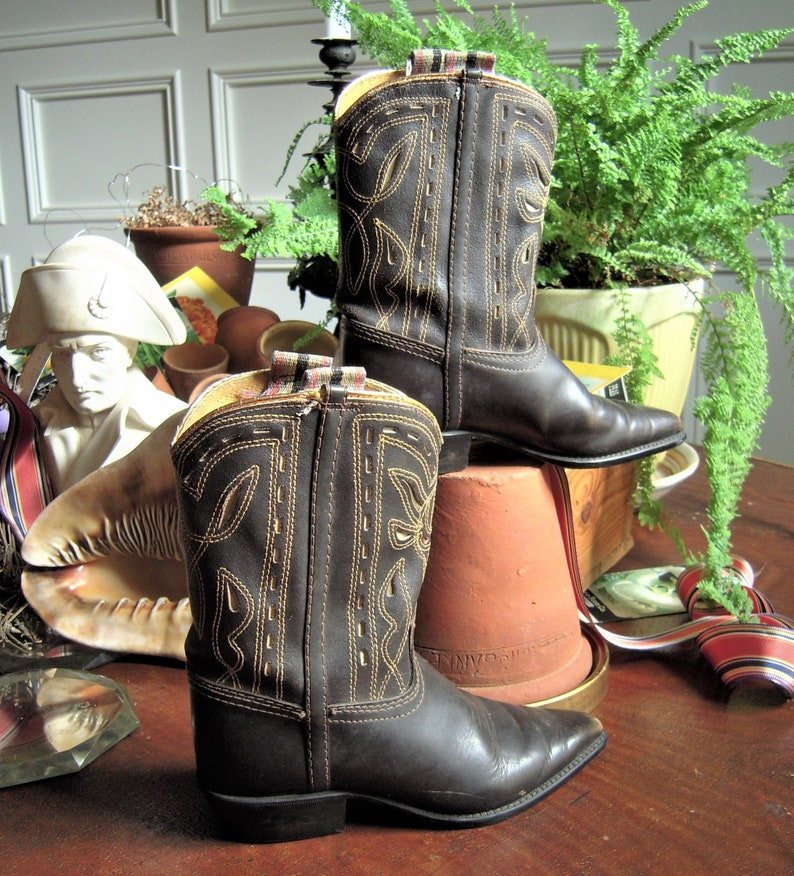 661b590f7a4 Vintage Child Kids Childrens Cowboy Boots Leather High Quality Western  Style Rare Survivor