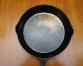 Nice 10 1 2 quot Griswold DuoChrome Large Block logo 8 704 K cast iron skillet fryer saute pan cassoulet braiser ovenware cleaned seasoned