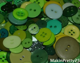 Green Buttons Mixed Bulk Choose your Quantity 50 or 100, Assorted Sizes, Sewing Buttons Scrapbooking Craft