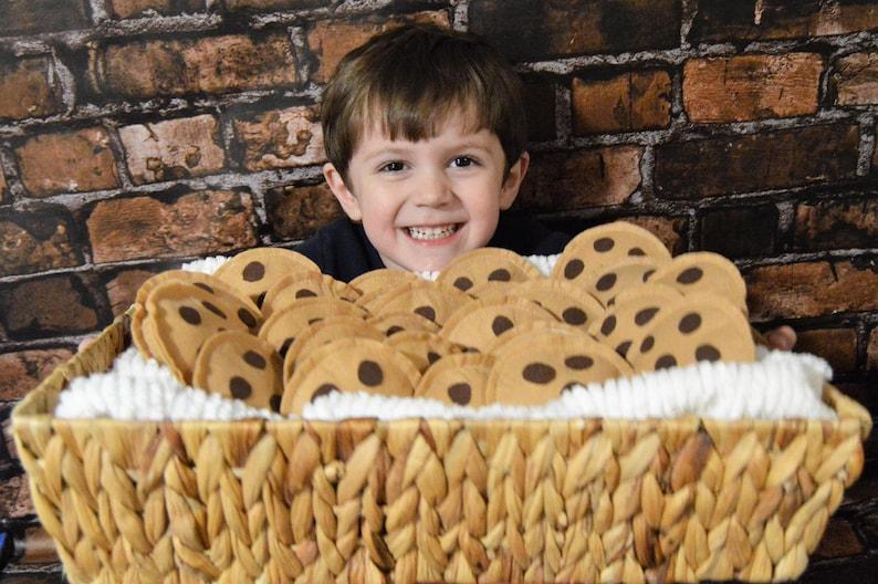 Felt chocolate chip cookies felt food pretend play play image 0
